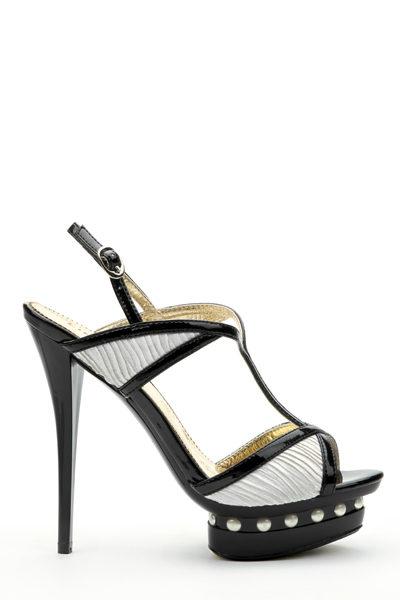 Topánky Klára
