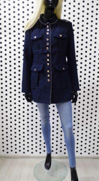 Tmavomodrý kabát