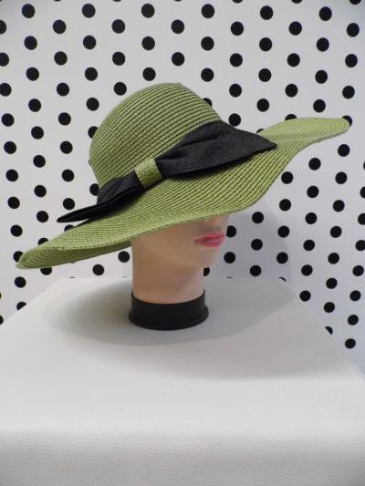 Zelený klobúk s mašľou