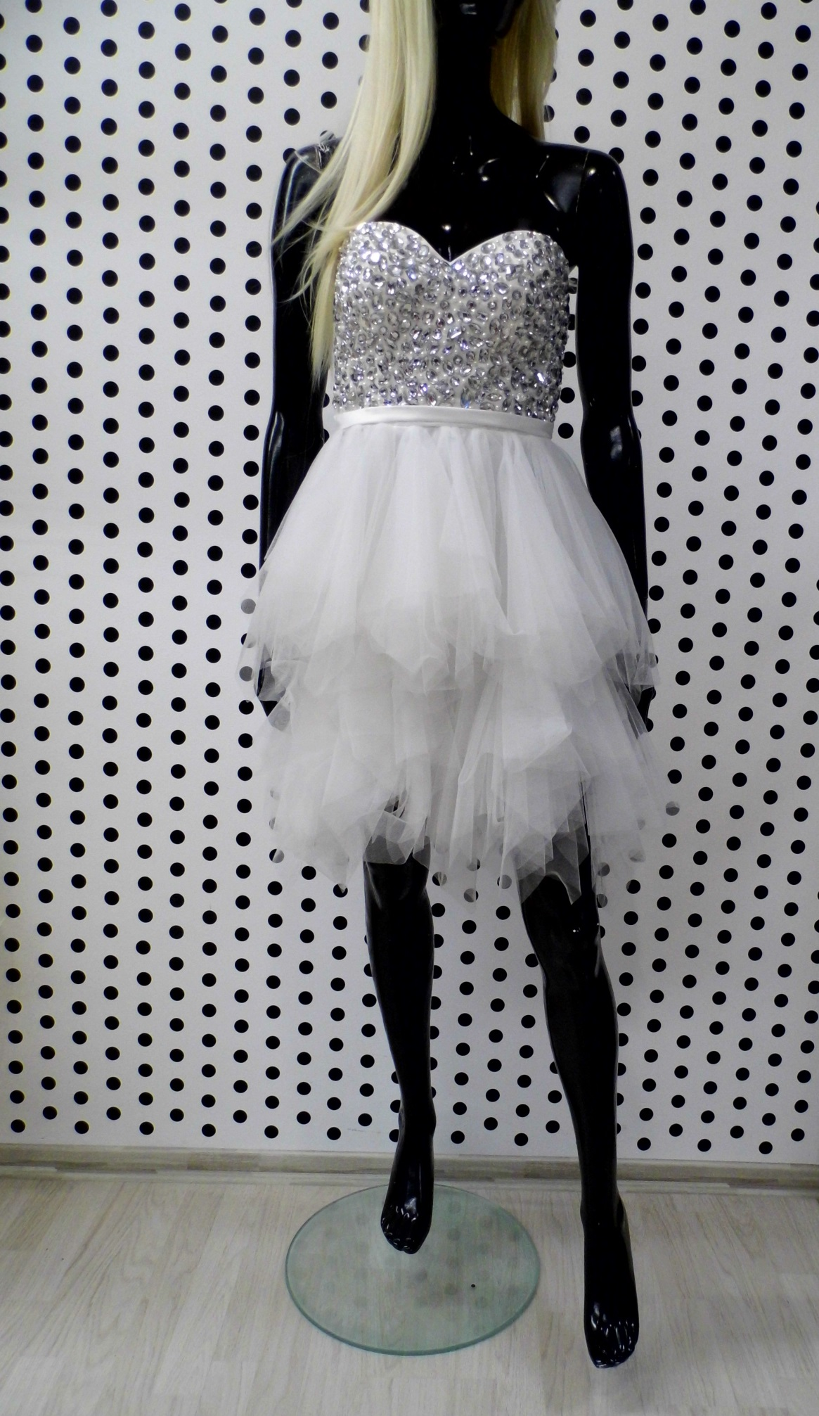 64cb5de37 Biele extravagantné spoločenské šaty – erlenfashion.sk