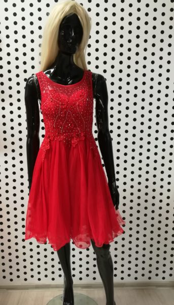 Červené šaty