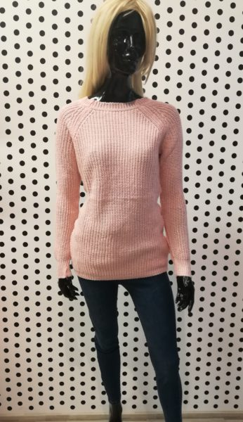 Púdrový sveter
