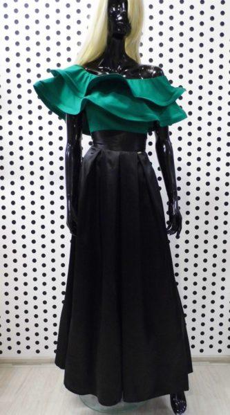 Čierna saténová sukňa